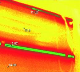 Съемка тепловизором внутренней стороны ворот АЛЮТЕХ при испытаниях в СПбГАСУ, Температура снаружи –28 C°