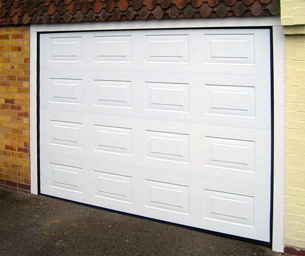 Комплект для встроенного монтажа применяется для гаражных ворот серии «Standard» и ворот серии «Classic» низкого типа монтажа.