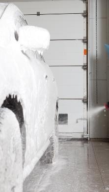 Надежная защита секционных ворот — комплекты «ЭКСТРА» для особо влажных помещений