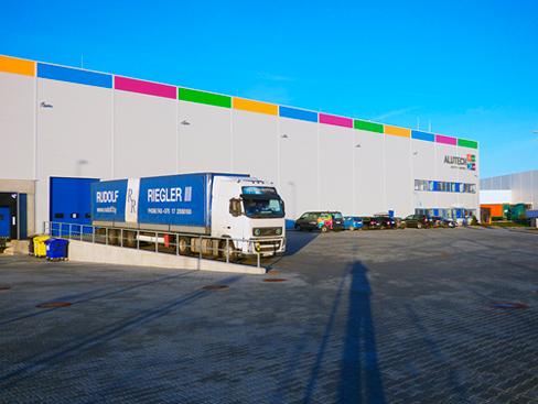 Точка роста: начал работу новый логистический комплекс ГК «АЛЮТЕХ» в г. Пльзень (Чехия)