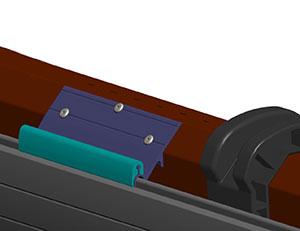 При весе полотна более 50 кг рекомендуется установить третью заклепку посередине профиля