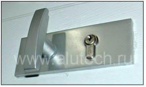 Компания Алютех прекращает поставки и выводит из ассортимента комплекты ригельного замка для гаражных ворот RLGG и RLGG-1